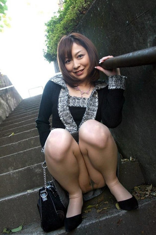 Stunning asian chicks upskirt erotic..