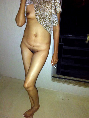 Private nude photos with shy Indian..