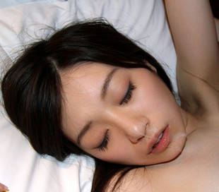 18yo Japanese porn model Miku, she has..