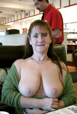Big natural boobs women nude pics